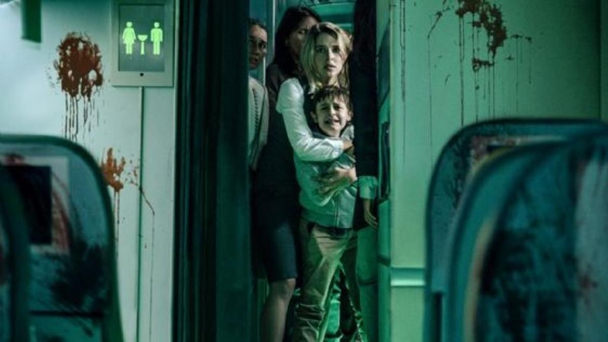 Imagen promocional de 'Cielo rojo sangre'