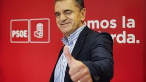 GRA095 MADRID  04 10 2017 - El nuevo secretario general del PSOE-M  Jose Manuel Franco  quien fue recibido por el secretario general del PSOE  Pedro Sanchez  hoy en Ferraz al  EFE Mariscal