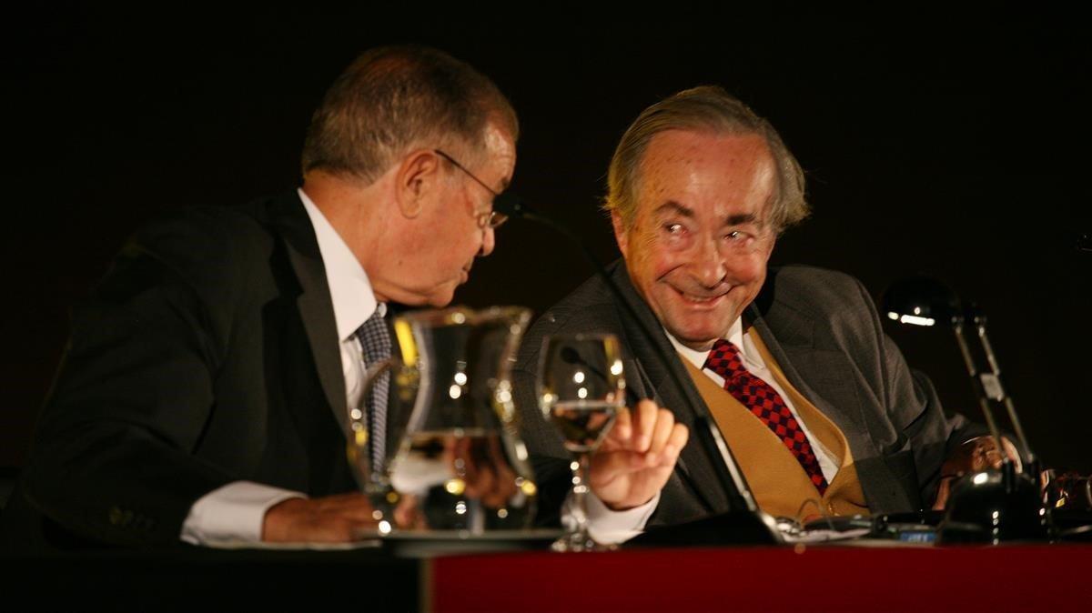 Steiner (de frente)en noviembre del 2007, durante una conferencia en Barcelona.