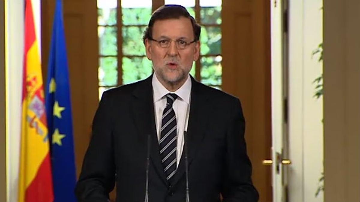 Rajoy anunciando la abdicación del rey Don Juan Carlos I