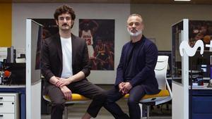 Miki Esparbé y Javier Gutiérrez son Paco El Cóndor y Jota Montes en la serie de Movistar+ 'Reyes de la noche'.