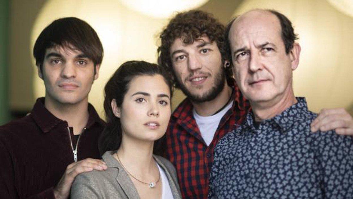 Eneko Sagardoy, Loreto Mauleón, Jon Olivares y Mikel Laskurain, la familia de Miren en 'Patria'.