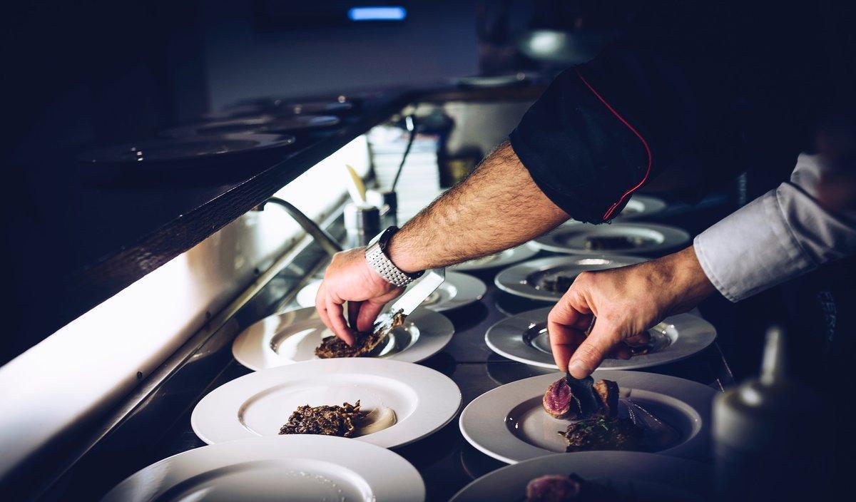 El restaurante en casa y la comida a domicilio: pros y contras