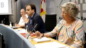 Llinares, Asens y Lavernia, este jueves en el ayuntamiento.