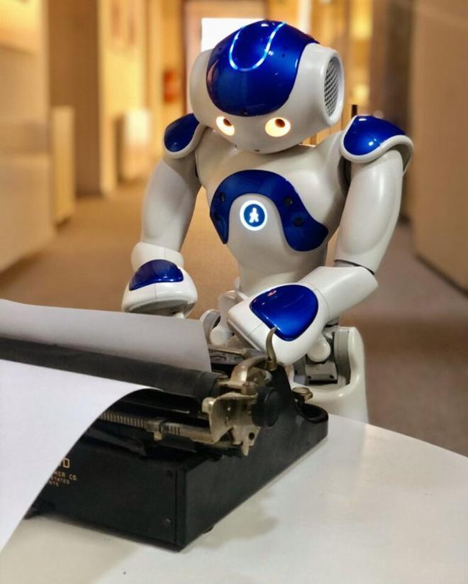 Primera obra de teatro creada íntegramente por un robot