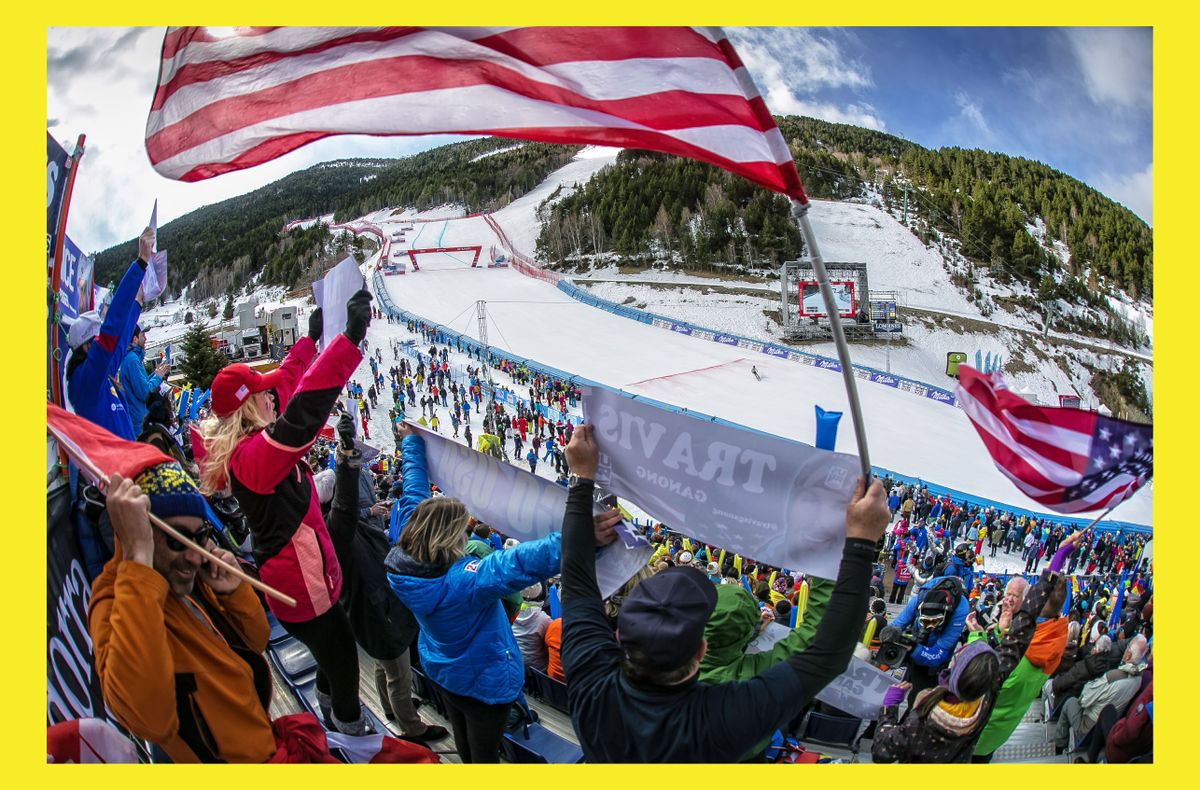 El público anima a los esquiadores durante las finales de la Copa del Mundo 2019, en Andorra.