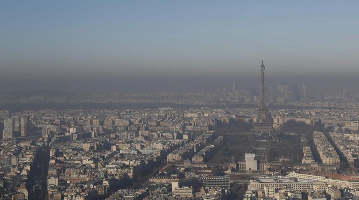 La contaminación de París, vista desde Montparnasse.