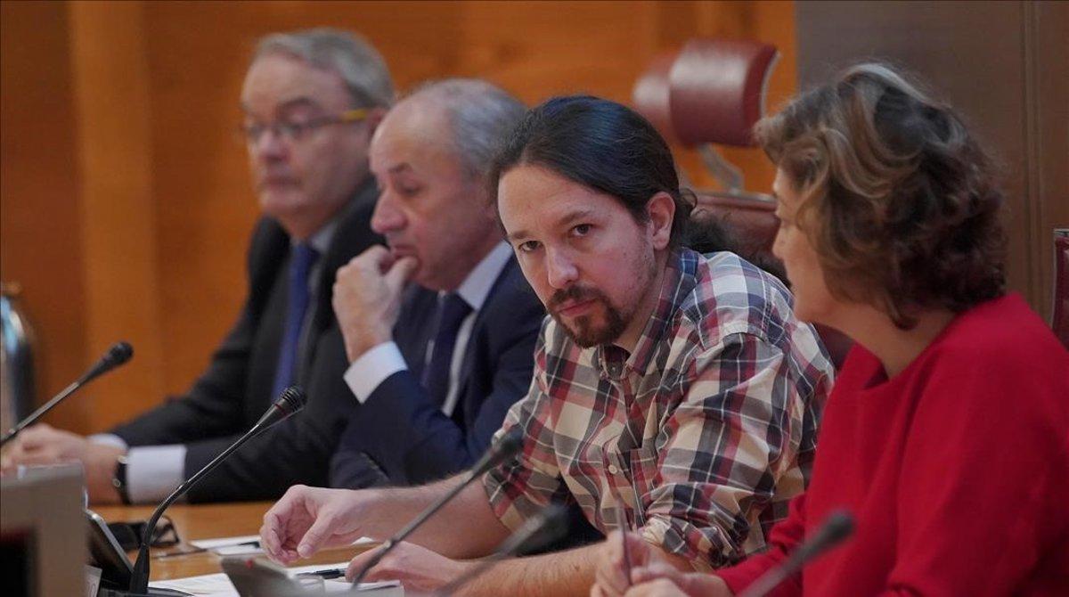 El secretario general de Podemos, Pablo Iglesias, en la comisión sobre financiación en el Senado.