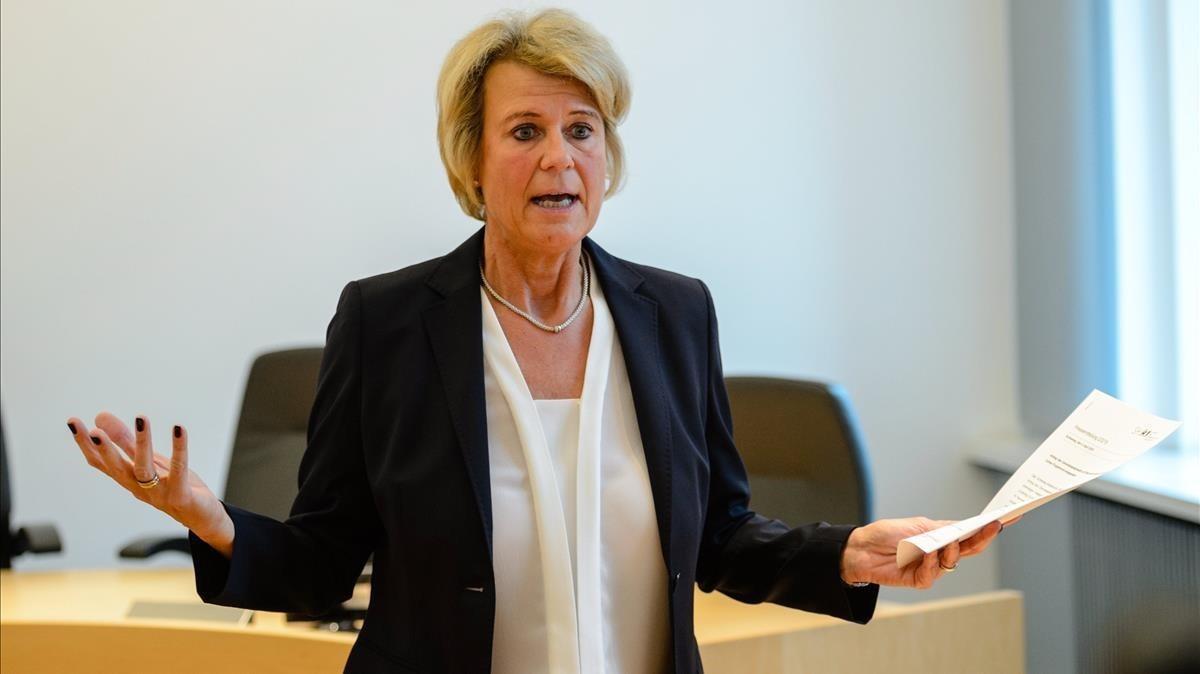 La juez y portavoz del Tribunal Regional Superior, Frauke Holmer, informa sobre los procedimientos del caso de Carles Puigdemont.