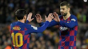 Messi y Piqué, en Barça-Madrid de este 2020.