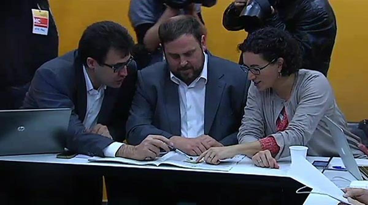 ERC dice a Artur Mas que no quiere entrar en el gobierno catalán