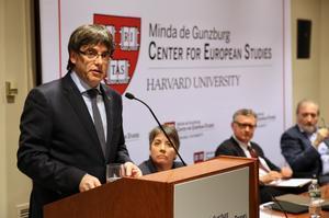El presidente de la Generalitat, Carles Puigdemont, durante su discurso en Harvard, el pasado 27 de marzo.