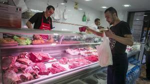 La carniceríaislámica Al Andalus en la calleCarretes, del Raval.