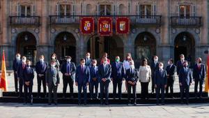 Foto de familia de la Conferencia de Presidentes celebrada en Salamanca.