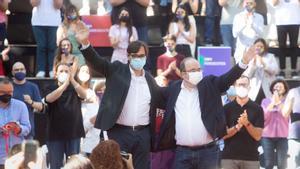 """El PSC apuntala el diálogo y avisa a Puigdemont de que """"nadie está por encima de la ley"""""""