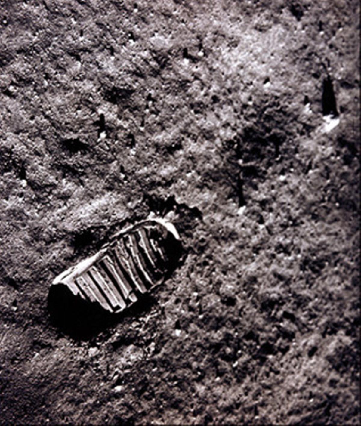 La huella de Armstrong sobre la Luna, en julio de 1969.