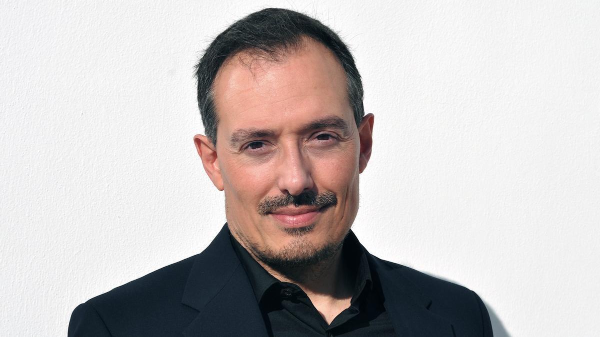 El compositor Ferran Cruixent rendeix homenatge a la dona al Palau