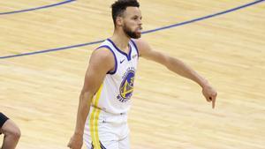 Stephen Curry y otra actuación memorable para el MVP.