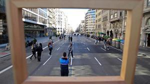 Calle de Aragó, sin tráfico.