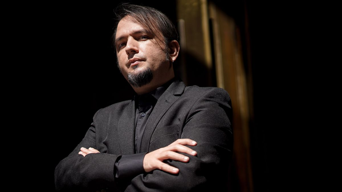 El escritor de L' Hospitalet David Aliaga.