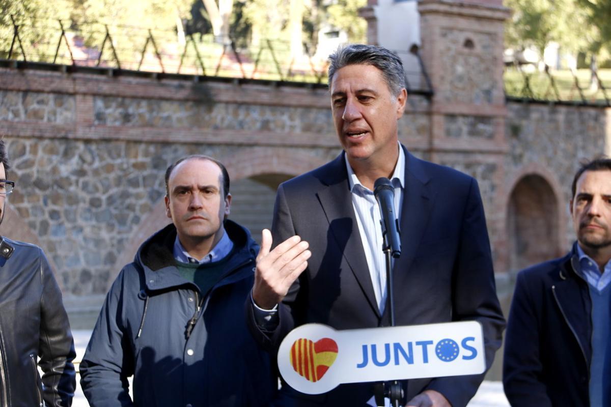 Xavier GarcíaAlbiol propone a PSC y C's tres puntos comunes para las elecciones del 21 de diciembre.