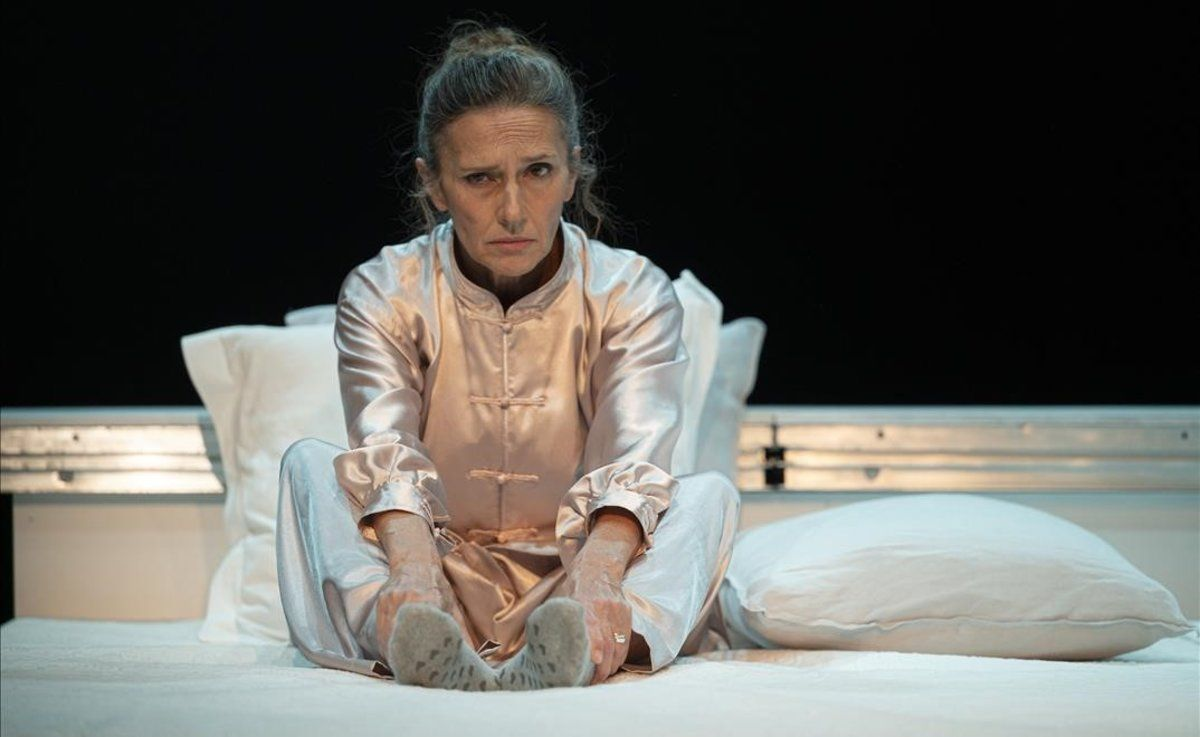 Lluïsa Mallol protagoniza 'La dona trencada' de Simone de Beauvoir.