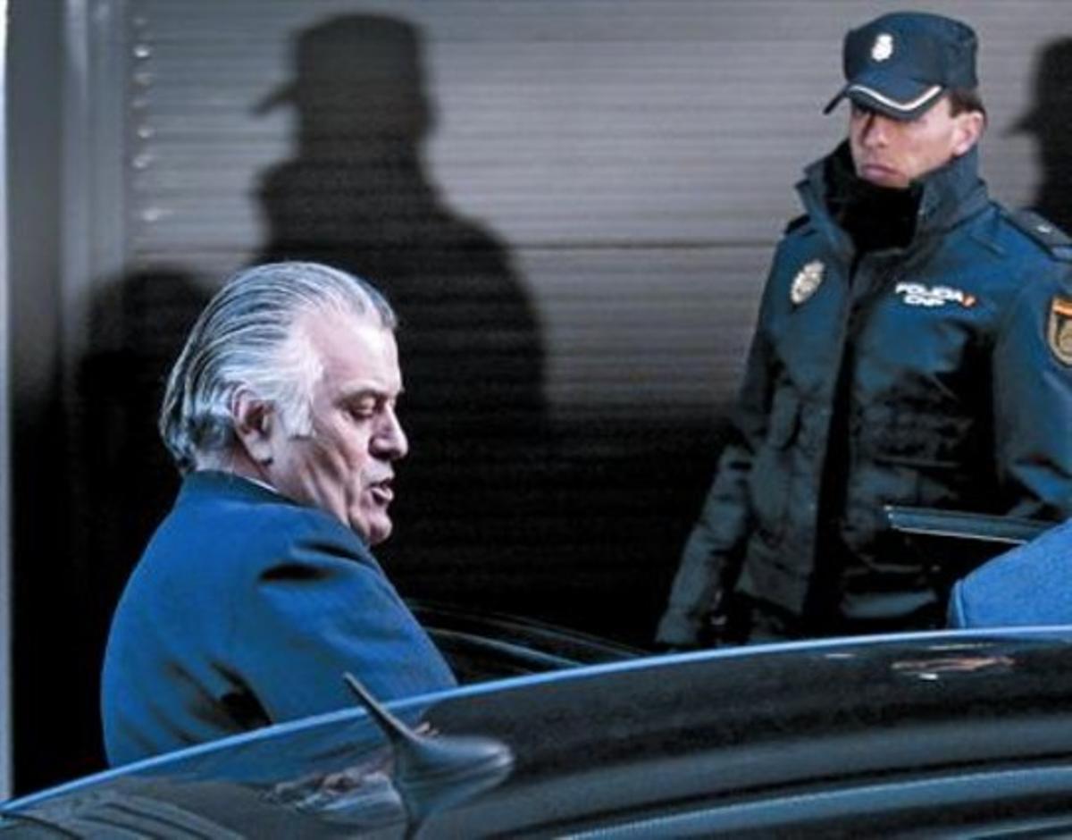 Luis Bárcenas, saliendo de la Audiencia Nacional el pasado 25 de febrero.