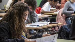 Els alumnes espanyols baixen en Ciències i Matemàtiques en l'informe PISA