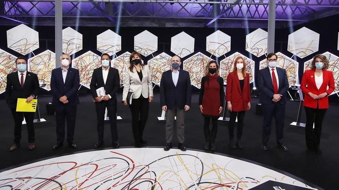 Imatge de los nueve candidatos a la presidencia de la Generalitat, antes del debate electoral en La Sexta.