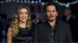 Johnny Depp pierde el juicio por libelo contra 'The Sun'. En la foto,Johnny Depp, junto a la que entonces era su esposa, Amber Heard, en el 2015.