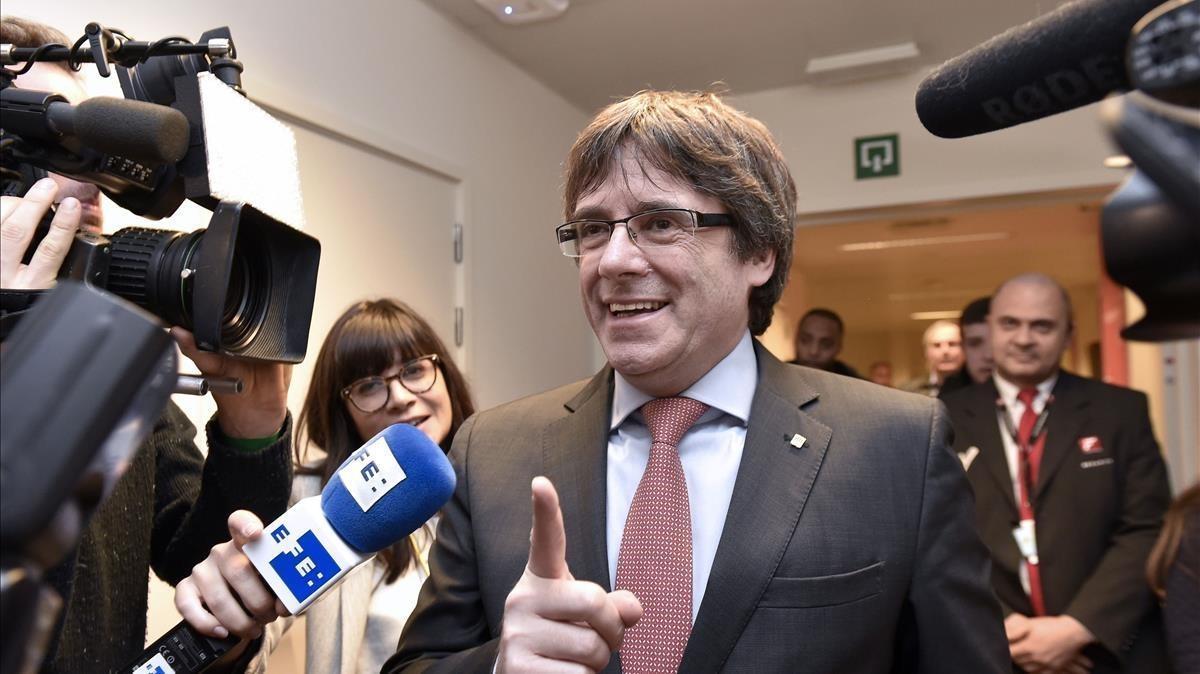 El 'expresident' Carles Puigdemont, el pasado 21 de diciembre, antes de conocer el resultado de las elecciones.