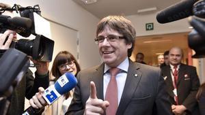 Puigdemont renuncia al vot delegat en l'obertura del Parlament