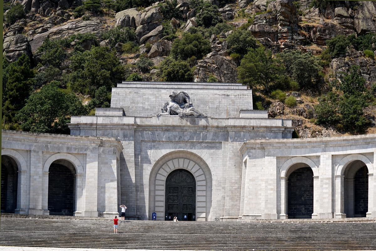 Frontal de la Basílica del Valle de los Caídos.