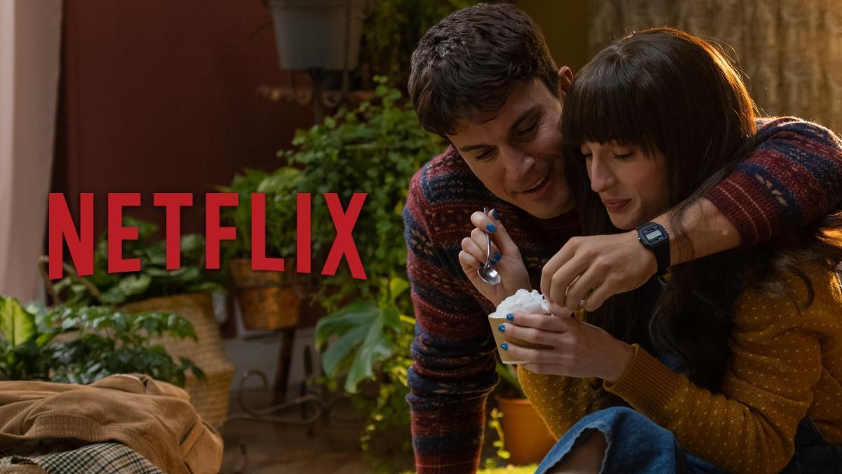 Escena de 'Fuimos canciones', la nueva comedia romántica en Netflix.