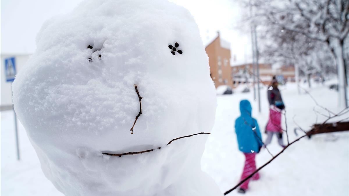 Muñeco de nieve en el barrio de Valdemoro, en Madrid