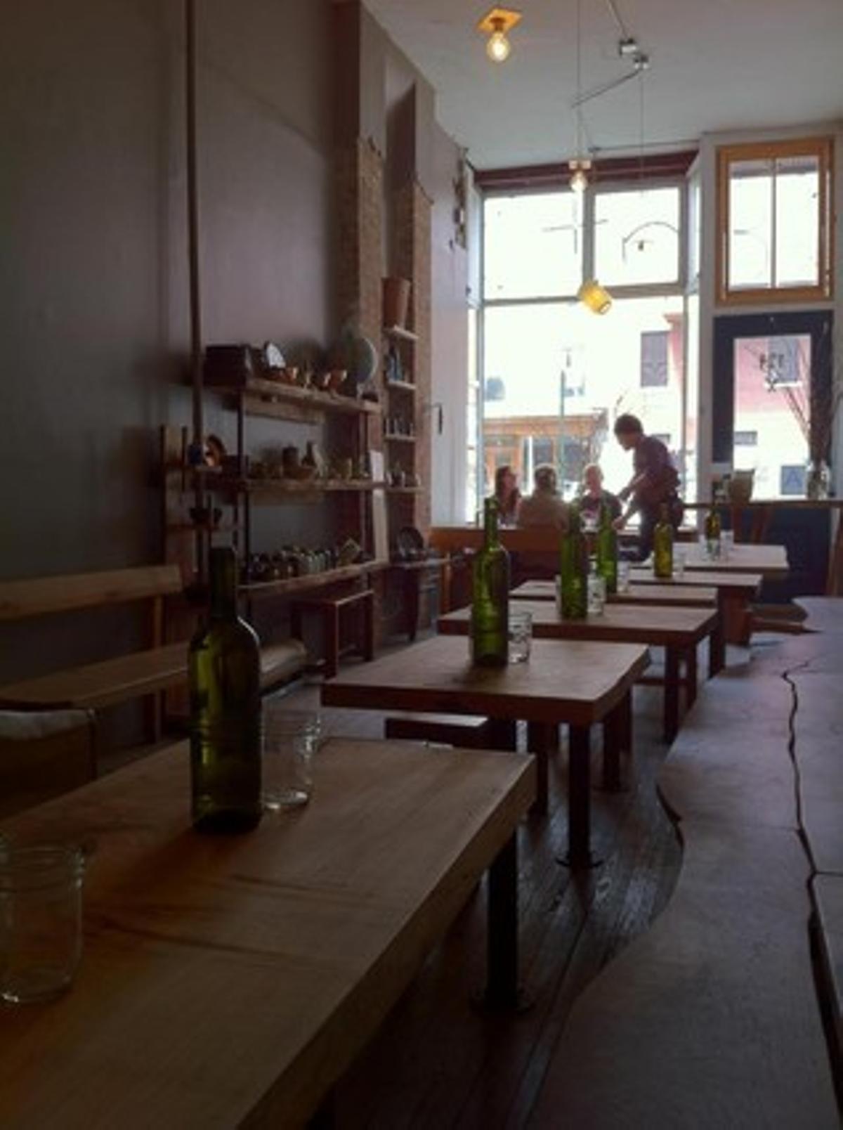 Interior del restaurante Eat, en la zona de Greenpoint, en Brooklyn (Nueva York).