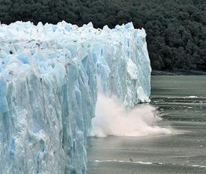 El calentamiento amenaza glaciares como el Perito Moreno.