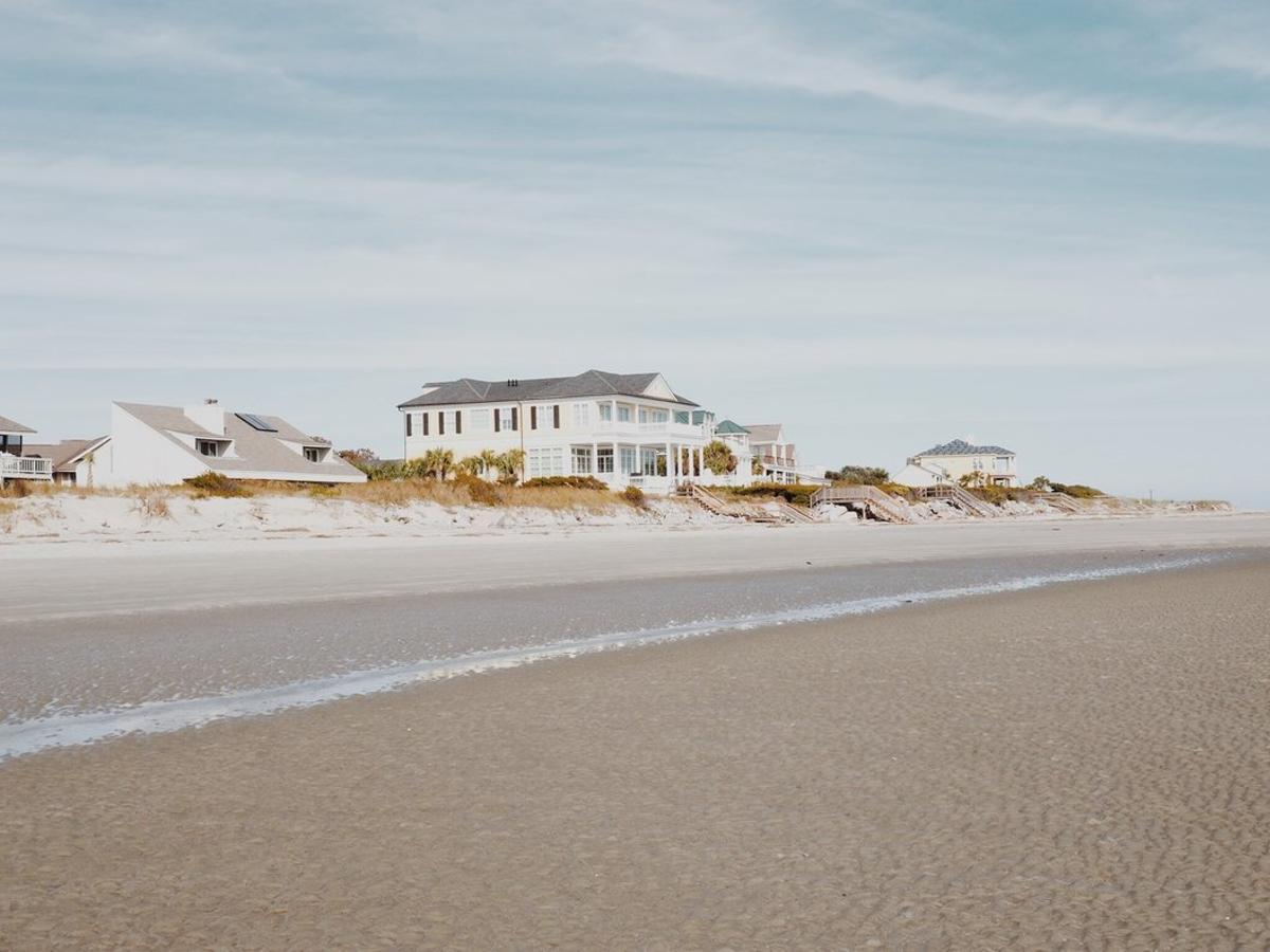 La vivienda ideal de los españoles es una chalé cerca de la playa