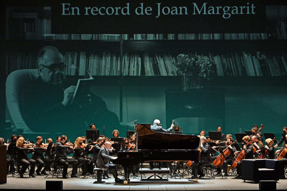 Acto de homenaje a Margarit, en el Liceu.
