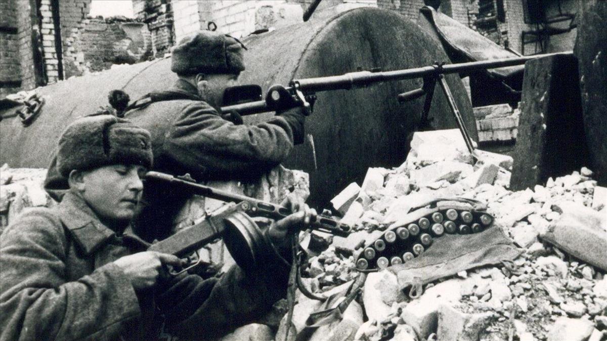 Soldados rusos en Stalingrado.