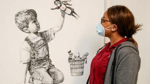'Game Changer', la obra de Banksy dedicada a los sanitarios británicos.