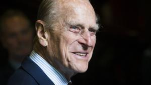 El duque de Edimburgo, 10 curiosidades que forjaron su carácter