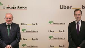 L'absorció de Liberbank per Unicaja torna a retardar-se