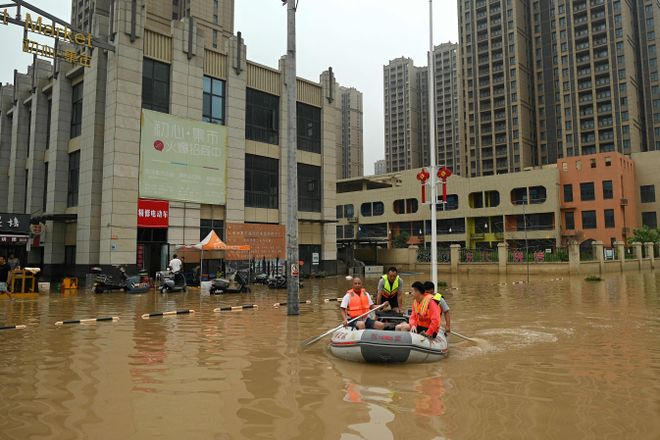 China fuerza la evacuación de miles de personas por las fuertes lluvias