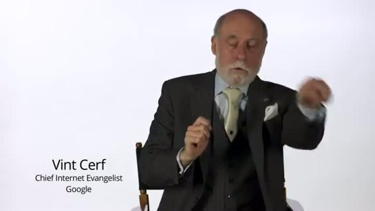 Vint Cerf explica el protocolo IPv6 de internet.