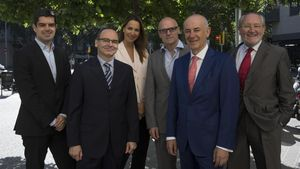 De izquierda a derecha: José Antonio Alarcón, Ignasi Ruiz, Anna Esteban, Josçé García-Montalvo, Eduard Brull y Gerard Duelo.