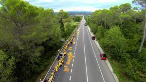 La Via Catalana de la Diada del 2013 a la altura de Bàscara (Alt Empordà).