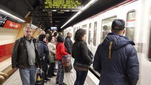 Estación de metro Plaça de Sants.