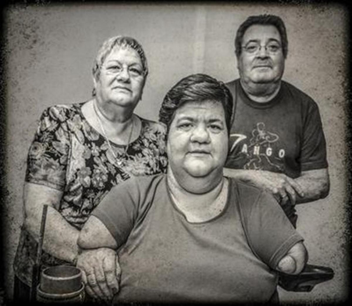 Los padres de Sofía, que hoy tiene 45 años, no supieron que era una afectada por la talidomida hasta hace año y medio. Piensan recurrir la sentencia del Supremo en Estrasburgo.