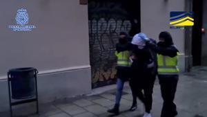 Detenidos tres yihadistas en Barcelona con intención de atentar.